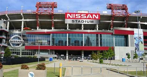 Titans tap new concessionaires for Nissan Stadium to